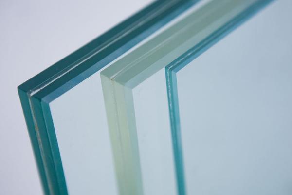 stiklas-1